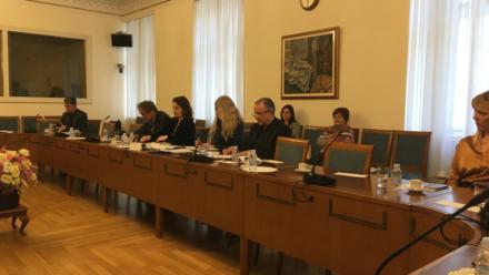 Tematska sjednica o odrastanju djece u digitalnom okruženju – sudjelovanje Udruge RUKA